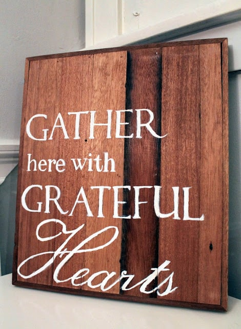 24 Smart Thanksgiving DIY Door Art and Wall Art That Will Greet Your Guests homesthetics fall decor (14)