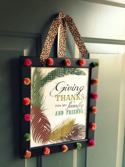 24 Smart Thanksgiving DIY Door Art and Wall Art That Will Greet Your Guests homesthetics fall decor (22)