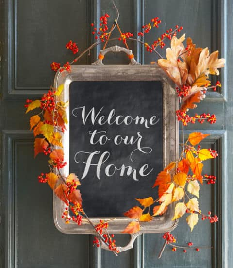 24 smart thanksgiving diy door art and wall art that will for November home decorations