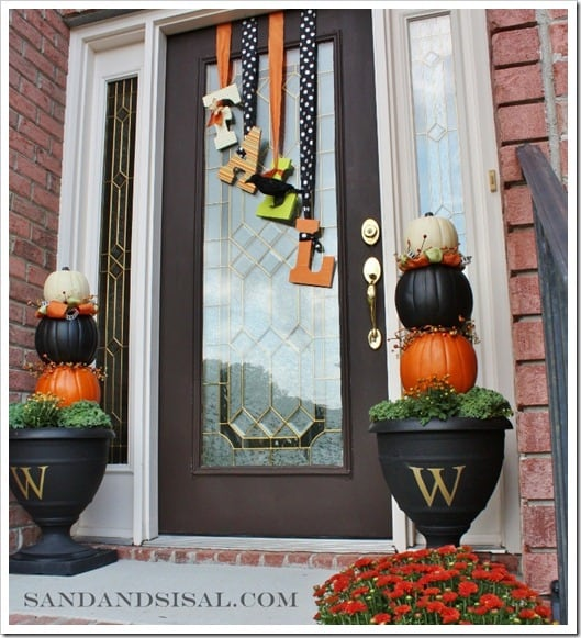24 Smart Thanksgiving DIY Door Art and Wall Art That Will Greet Your Guests homesthetics fall decor (7)