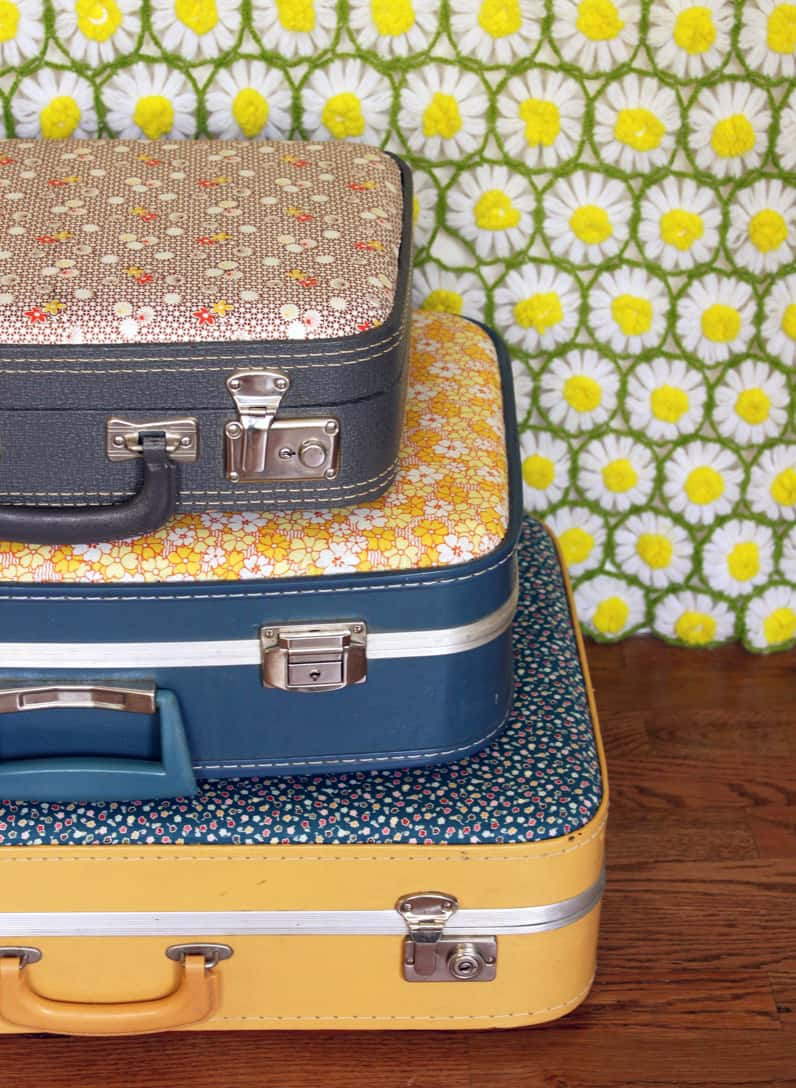 25 Beautifully Creative Ways to Recycle Vintage Suitcases at Home homesthetics decor (12)