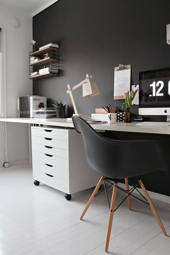 25 Conveniently Designed Home Office Space Ideas (5)