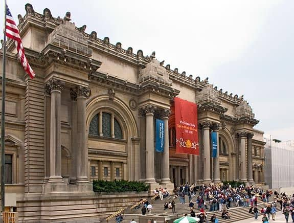 #12 The metropolitan museum of art located on 5th avenue new York City