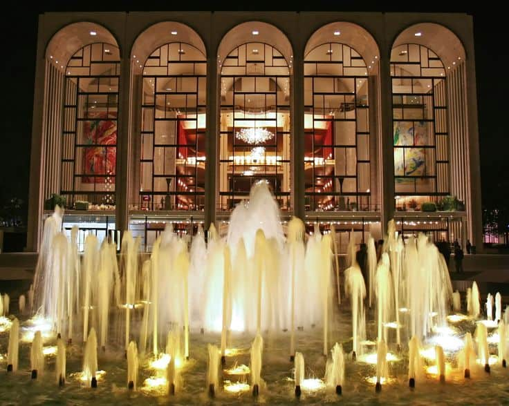 #3 The metropolitan opera house on Broadway in New York