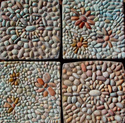 30 Garden Pathway Pebble Mosaic Ideas For Your Home Surroundings (19)