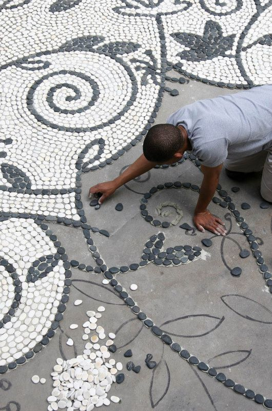 29 garden pathway pebble mosaic ideas for your home surroundings