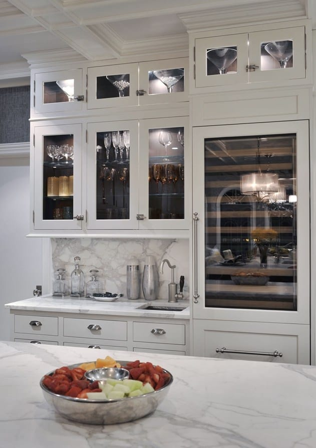 30 Gorgeous Kitchen Cabinets For An Elegant Interior Decor Part 2 Glass Cabinets (11)
