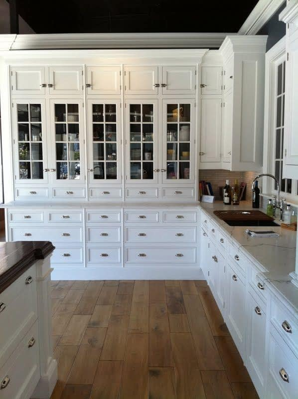 30 Gorgeous Kitchen Cabinets For An Elegant Interior Decor Part 2 Glass  Cabinets (7)