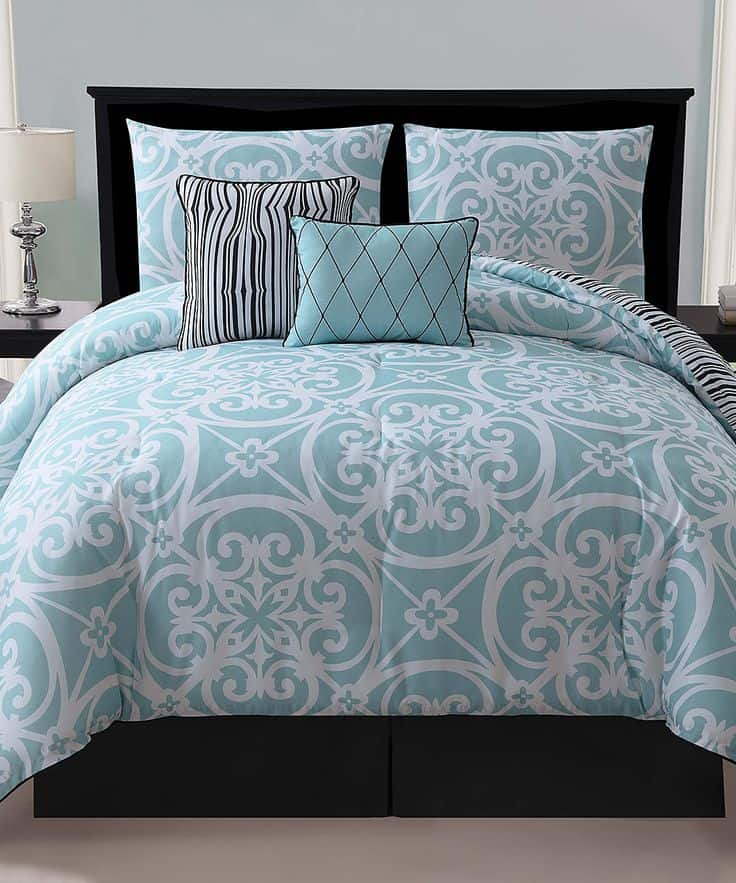 30 Of The Most Chic And Elegant Bed Comforter Designs To Choose From When Shopping And To Keep You Warm This Winter (10)