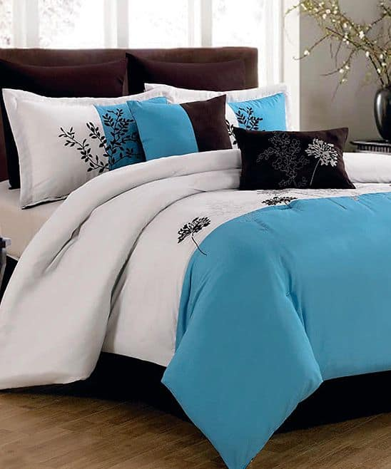 30 Of The Most Chic And Elegant Bed Comforter Designs To Choose From When Shopping And To Keep You Warm This Winter (24)