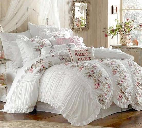 30 Of The Most Chic And Elegant Bed Comforter Designs To