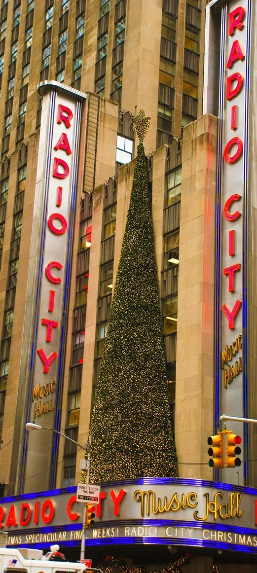 #5 Radio city music hall is known for its traditional New York City Christmas show