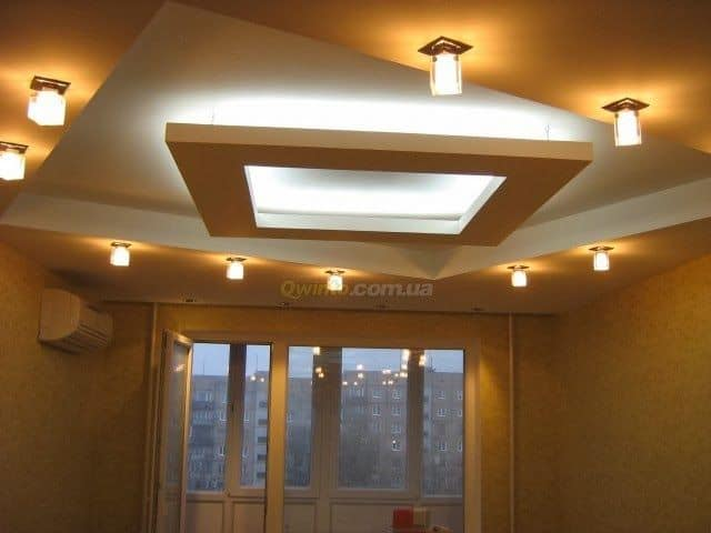 #15 DIAMOND SHAPED CEILING SURROUNDED BY LIGHTING FIXTURES