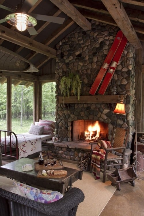 Lovely #1 SIMPLE LOG CABIN WITH BEAUTIFUL STONE WALL FIREPLACE ALL THE WAY TO THE  WOODEN