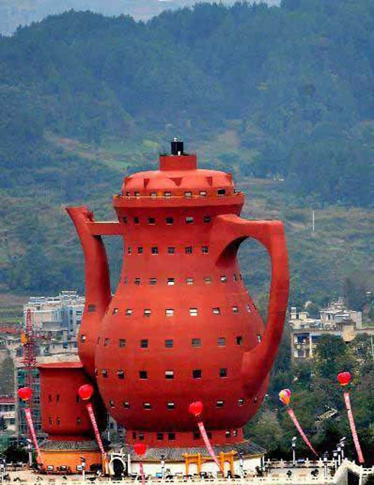 #38 THE TEA POT SHAPED MUSEUM IN CHINA IS ALITERALARCHITECTURAL STRUCTURE EXPRESSING THEIR TEA CULTURE