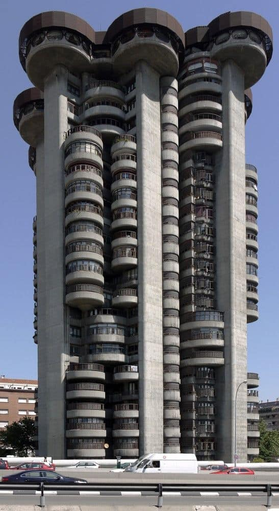 45 famous buildings in the world with unconventional Arquitectura brutalista