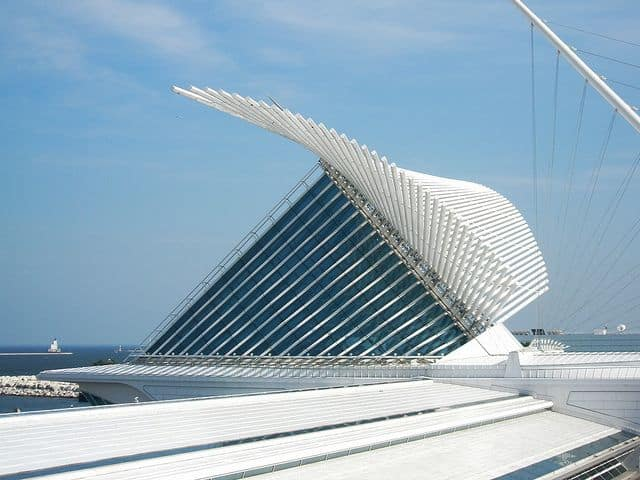 #2 MILWAUKEE ART MUSEUM IN WISCONSIN