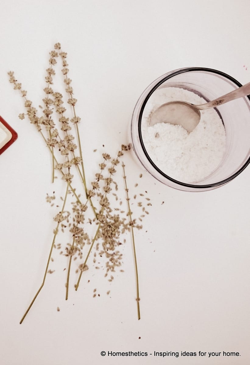 A french aroma in your home diy lavender bath salts in 7 for Epsom salt in french