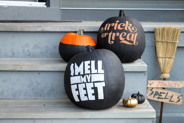 Greet Halloween With Fun Creative DIY Pumpkin Decorations3