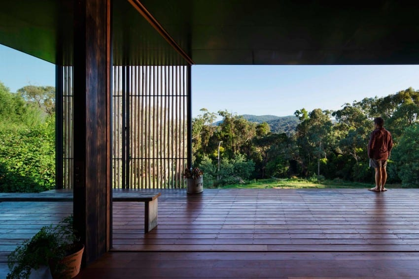 Reclaimed Concrete Blocks With Memory Defining Sawmill House in Australia modern residence on homesthetics magazine (4)