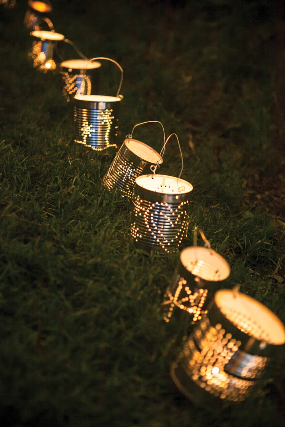 How to make tin can lanterns - 14 Diy Tin Can Crafts And Ideas Homesthetics 7