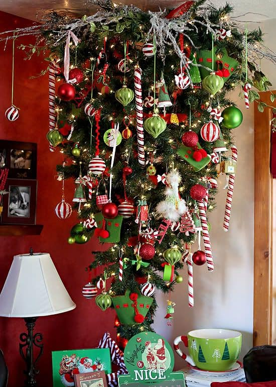 17 gorgeous christmas chandeliers for a yuletide home decor 17 gorgeous christmas chandelier for a yuletide home decor 13 aloadofball