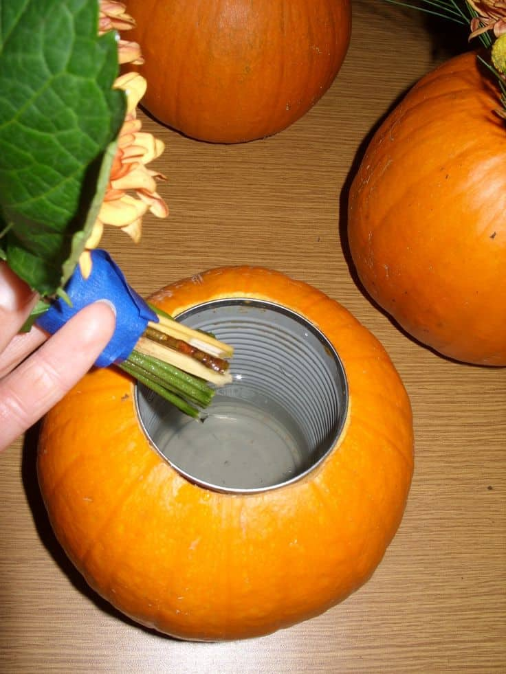 17 Innovative Ways To Recycle And Decorate Discarded Tin Cans For Everyday Use (8)