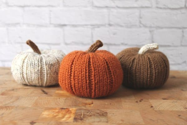 20 Super Cool DIY Thanksgiving Decorations For Your Home homesthetics decor (17)