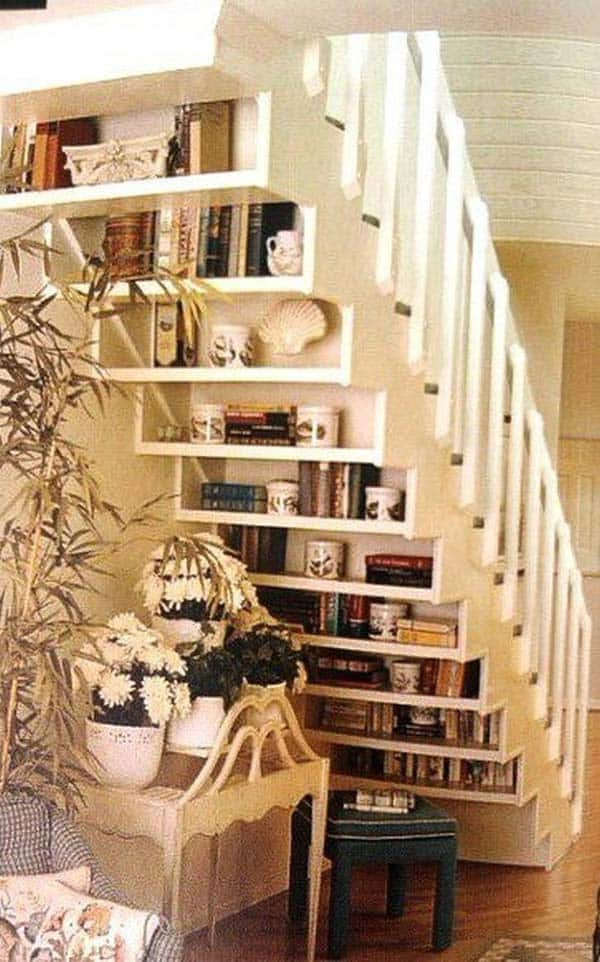 #18 CREATE BOOKSHELVES UNDER YOUR STAIRCASE