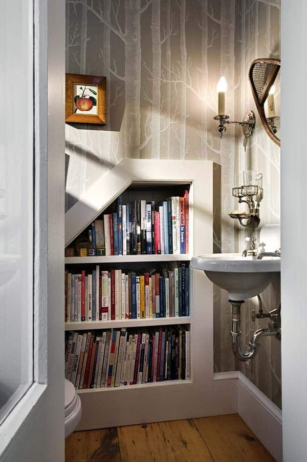 #5 CREATE A NEAT TINY LIBRARY IN THE LAVATORY ADJACENT TO YOUR STAIRCASE
