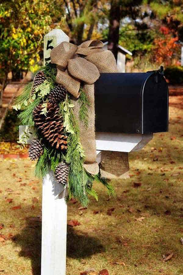 #22 SPREAD THE HOLIDAY JOY EVERYWHERE AND ANNOUNCE ITS COMING STARTING WITH YOUR MAIL BOX