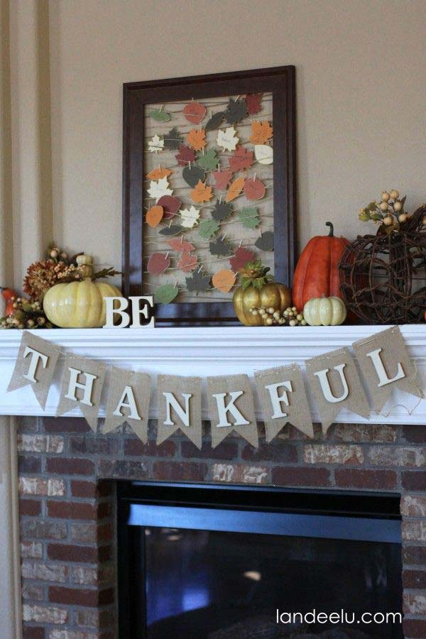 #27 EXPRESS YOUR GRATITUDE WITH THIS CREATIVE THANKFUL BURLAP GARLAND