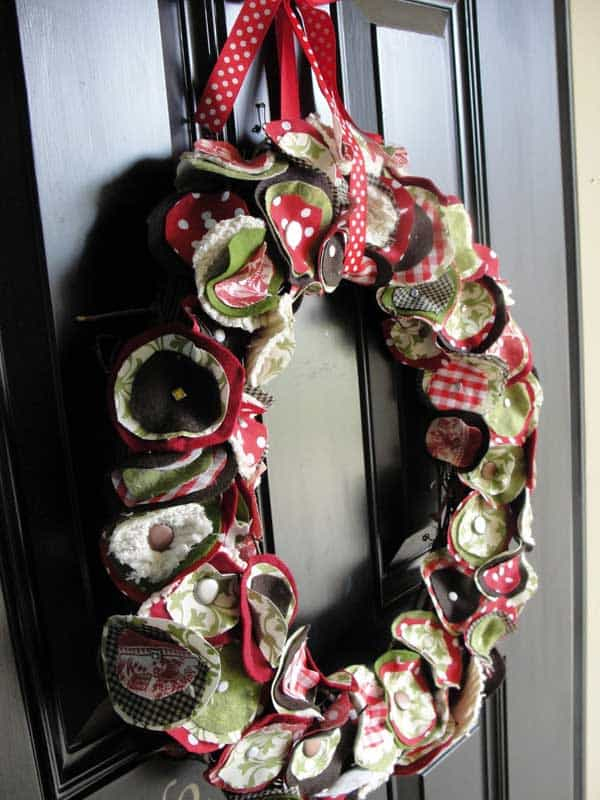 36 Mindbogglingly Magical DIY Christmas Wreaths For Your Home (22)