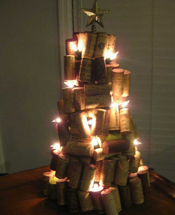 43+ Super Smart and Inexpensive Affordable DIY Christmas Decorations homesthetics decor (33)