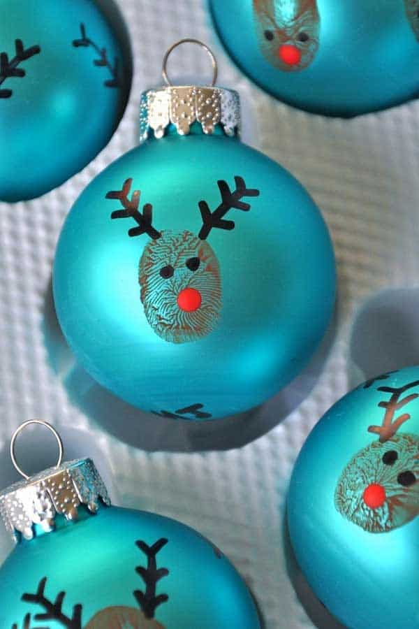 44 Easy to Realize Cheap DIY Crafts to Materialize With Your Children Christmas Crafts for Kids (14)