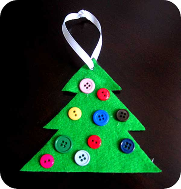 44 Easy to Realize Cheap DIY Crafts to Materialize With Your Children Christmas Crafts for Kids (38)