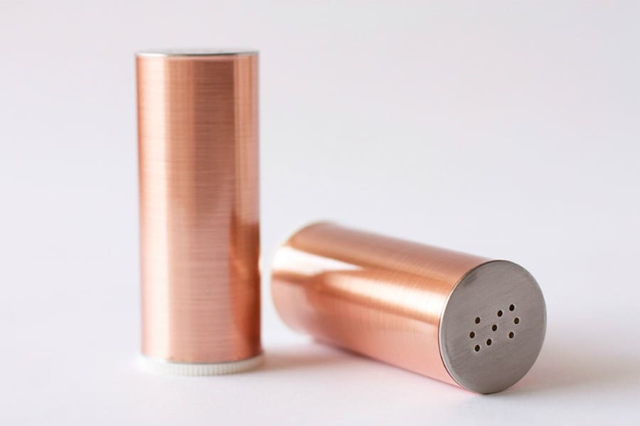 MAKE THESE DIY COPPER SALT & PEPPER SHAKERS FOR YOUR DINING TABLE