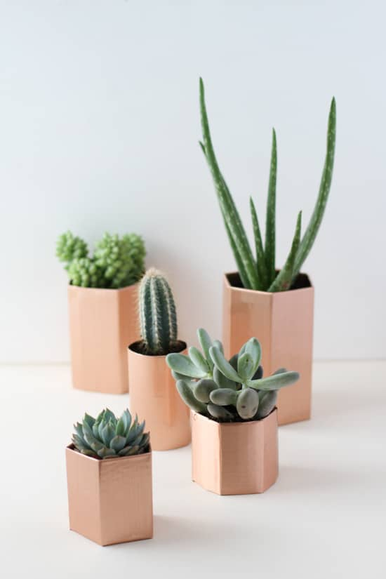 MAKE THESE LOVELY DIY FAUX COPPER POTS