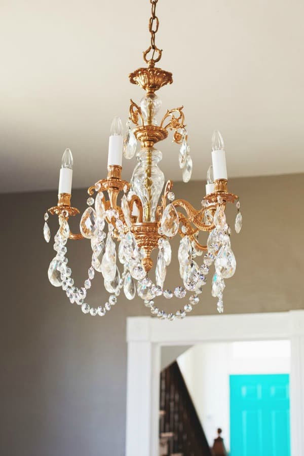 HOW ABOUT A RESTYLED COPPER CHANDELIER?