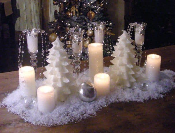 Christmas Centerpieces That Will Embellish Your Dining Room Decor For The Holidays (4)