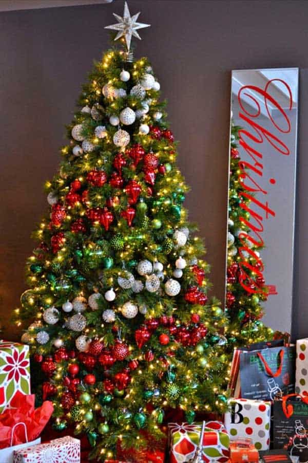 Gallery of 25 Charmingly Beautiful Christmas Trees For Happy Shelters homesthetics decor (3)