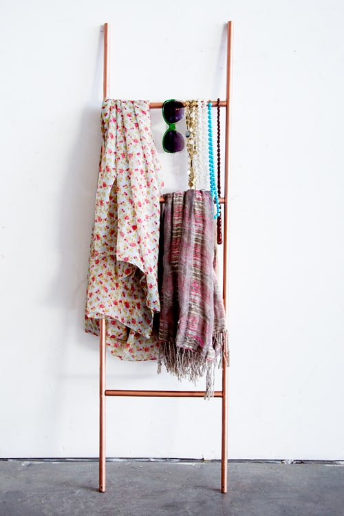 A HANDY COPPER SCARF LADDER IN WINTER SEASON