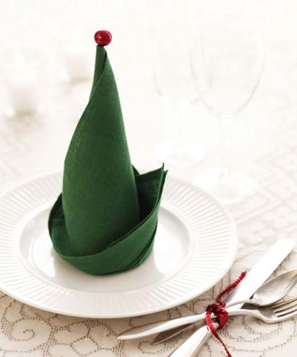 Super Delicate Napkin Ideas For Your Christmas Table Setting ...