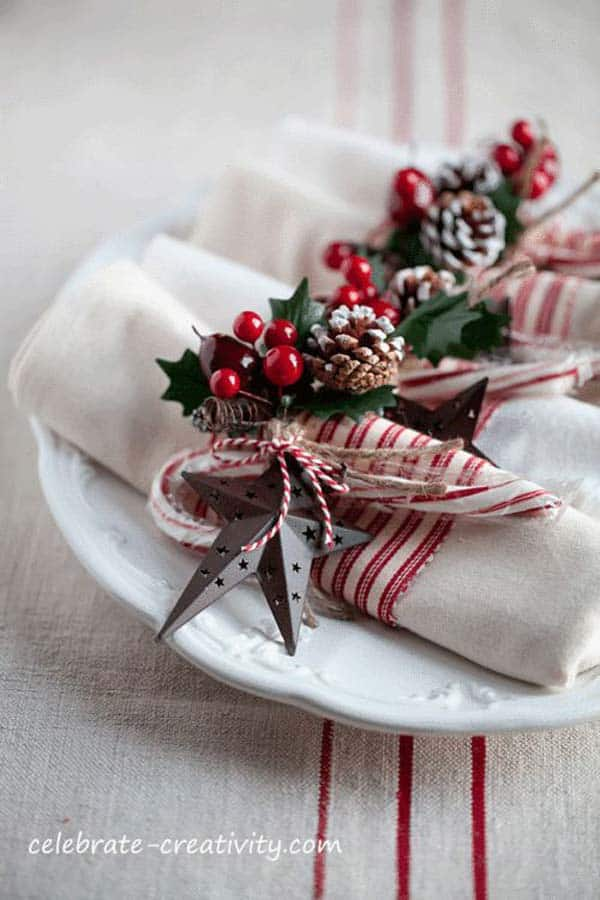 17 Super Delicate Napkin Ideas For Your Christmas Table Setting homesthetics decor (8)
