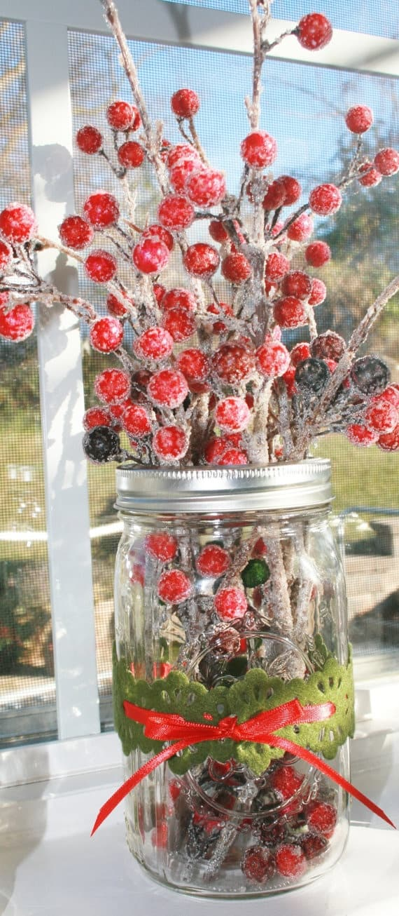 18 Captivating DIY Christmas Mason Jars (8)
