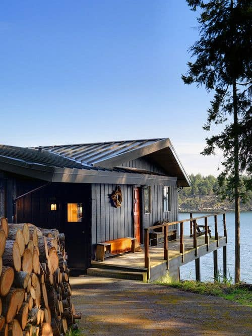 18 Lake Houses That Will Make You Reconsider Moving To The Country (12)