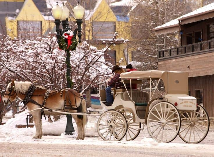 18 Of The Best Cities In The World To Spend Christmas (1)