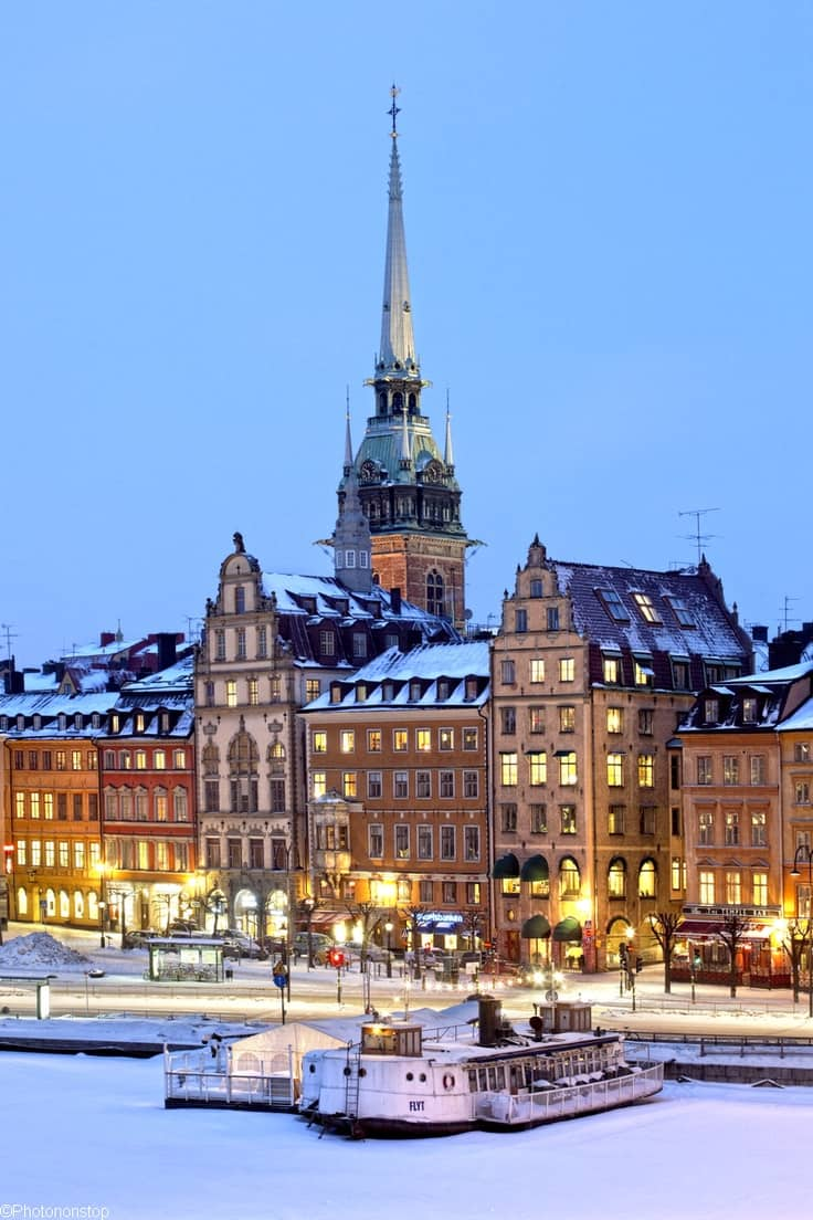 18 Of The Best Cities In The World To Spend Christmas (7)