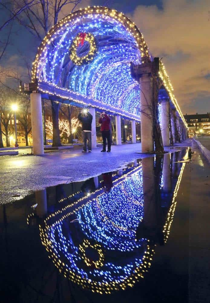 18 Of The Best Cities In The World To Spend Christmas (8)