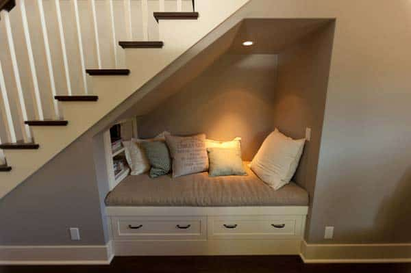 19 Creative and Ingenious Ways to Use Your Corner Space In Your Home homesthetics decor (10)